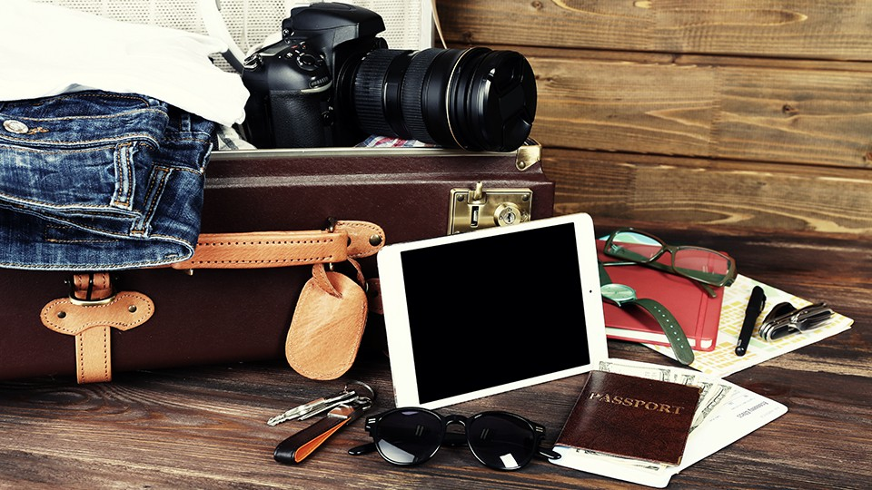 ts-guide-to-holiday-traveling-with-photo-gear